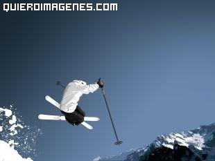 Impresionante salto de esquí