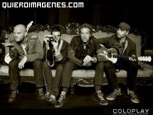 Foto del grupo Coldplay descansando