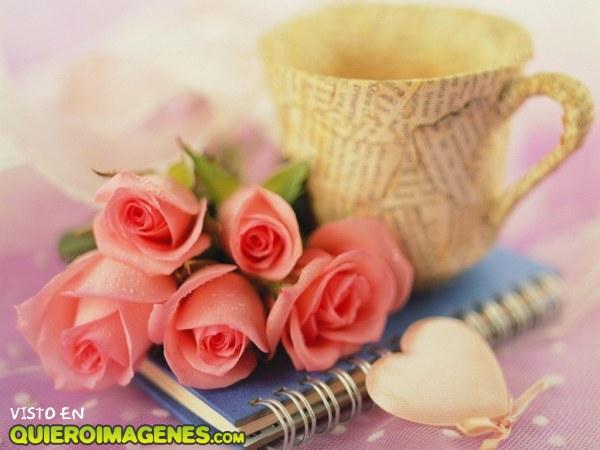 Una café y rosas