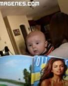 Imagen de bebé lector