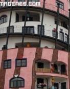 Casa giratoria rosa