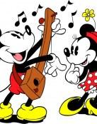 Mickey le canta una serenata a Minnie
